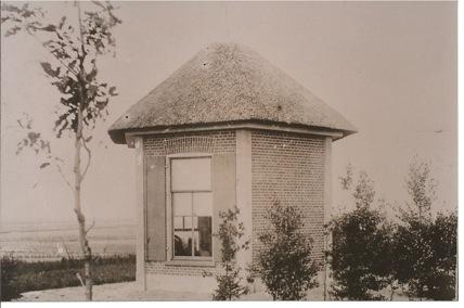 stenen-koepel-in-1898-met-1-verdiepingen